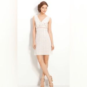 Tracy Reese White Nude Lace V Neck Shift Dress